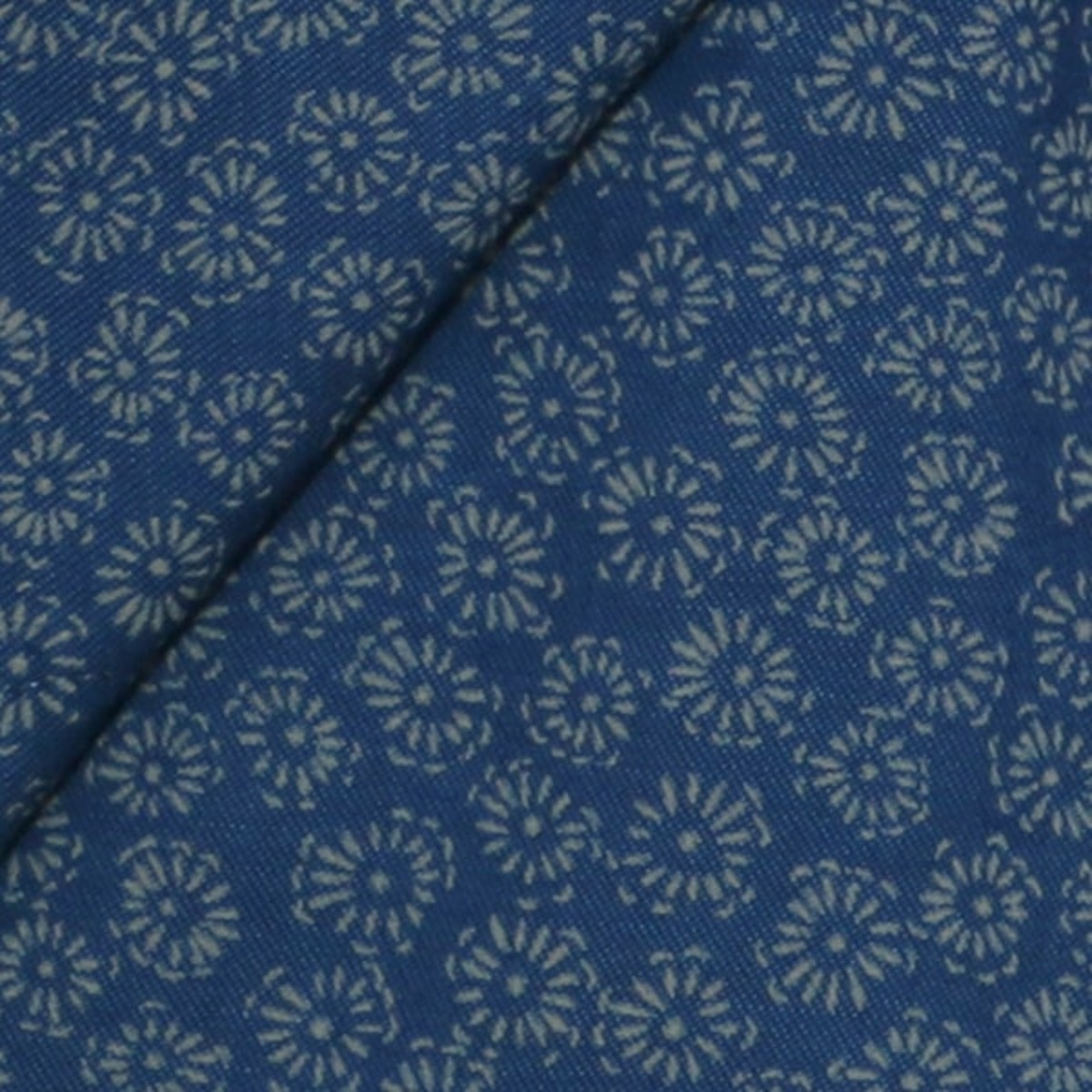 InStitchu Shirt Fabric 4440