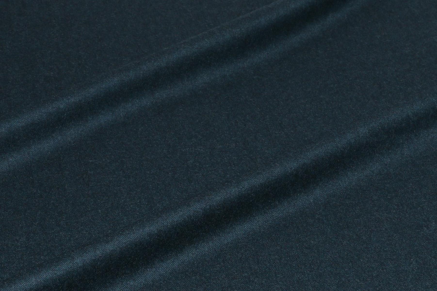 InStitchu Suit Fabric 892