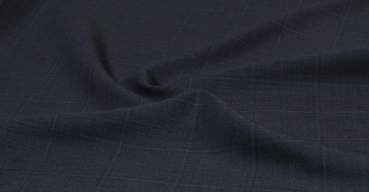 InStitchu Suit Fabric 220