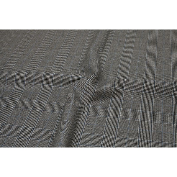 InStitchu Suit Fabric 100