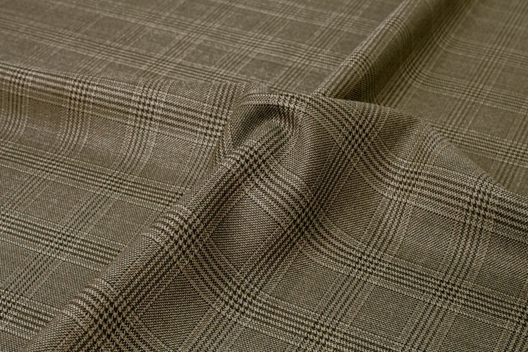 InStitchu Suit Fabric 106