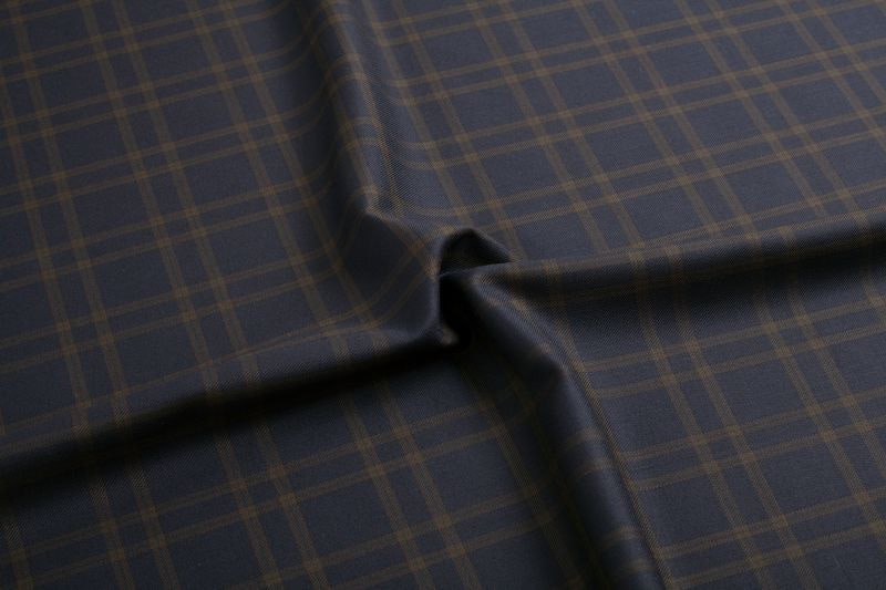 InStitchu Suit Fabric 111