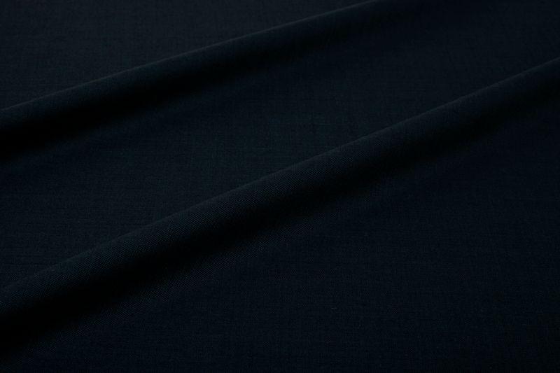 InStitchu Suit Fabric 11