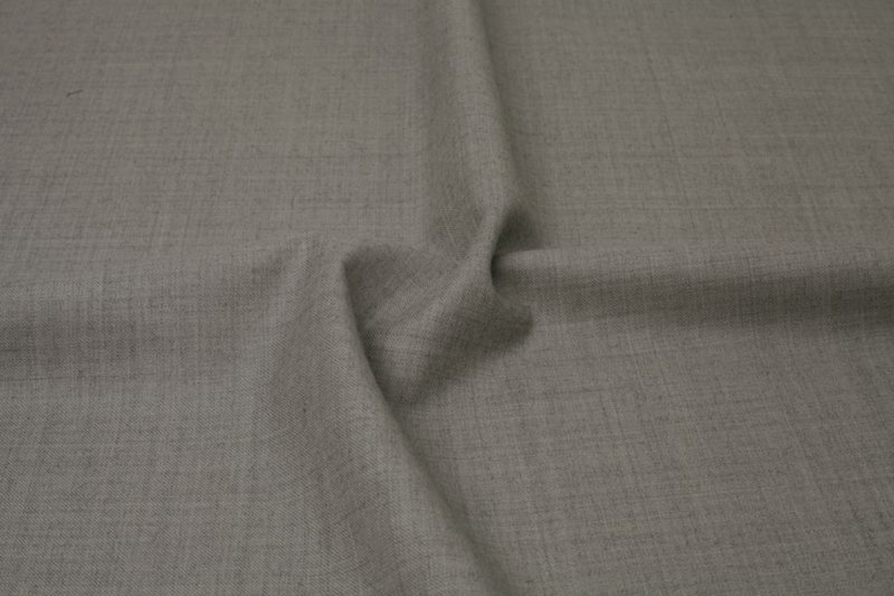 InStitchu Suit Fabric 149