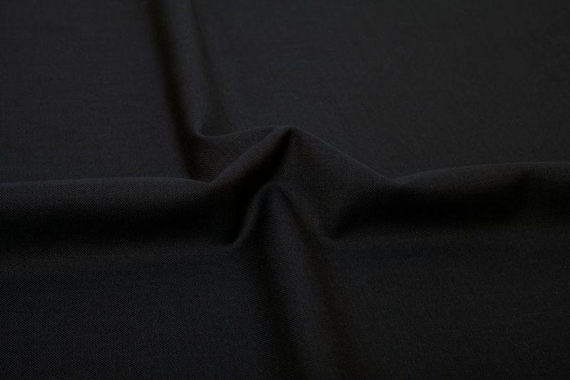 InStitchu Suit Fabric 15