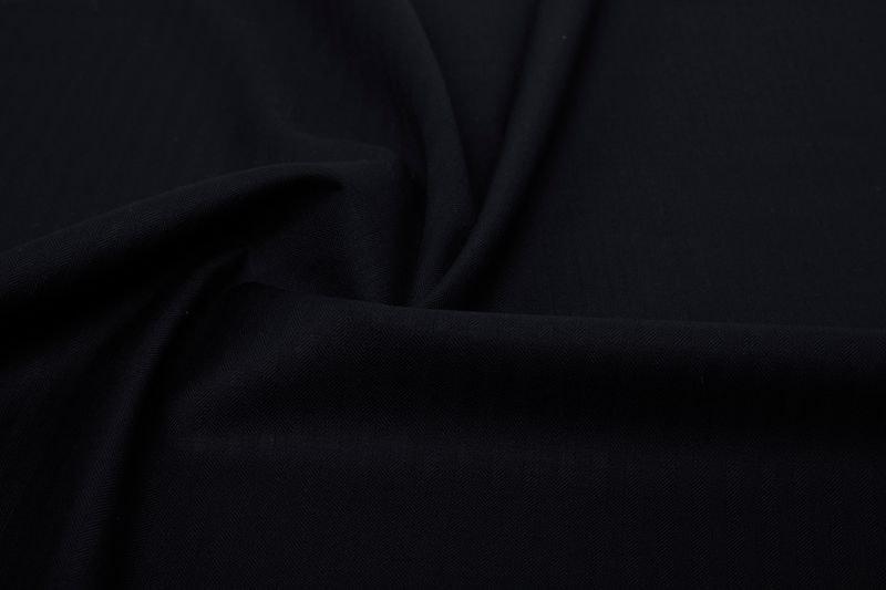 InStitchu Suit Fabric 25