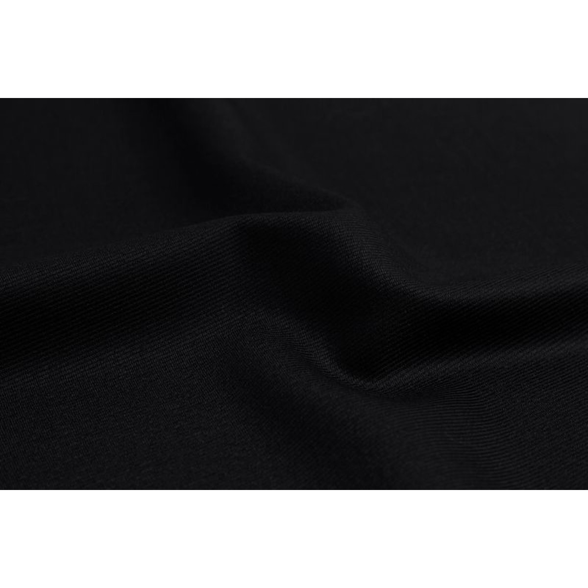 InStitchu Suit Fabric 3