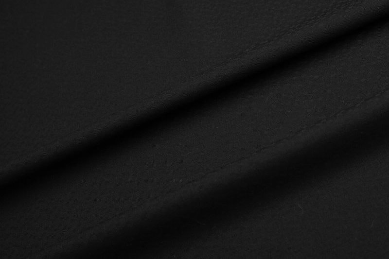 InStitchu Suit Fabric 6