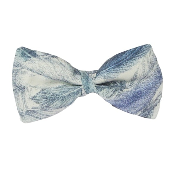 InStitchu Accessories bow-tie Krew & Co Light as a Feather Bow Tie