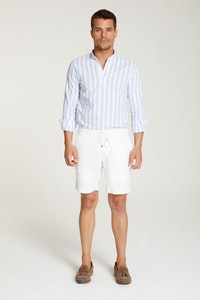 InStitchu Collection The Bomerano White Linen Shorts